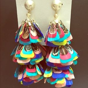 Lenni Gold Earrings In Multi Color Feathers